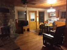 What a sweet surprise, to discover the comforts of our duplex cabin!